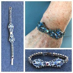 Jewelry - VINTAGE🚨Blue Rhinestones Bow Bracelet